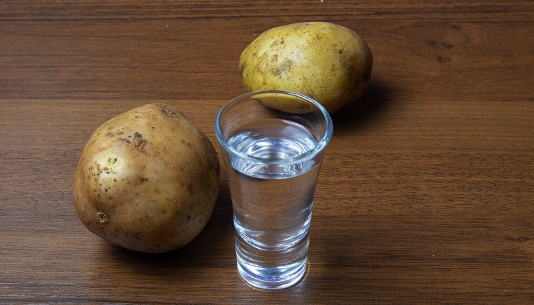 фото самогона из картофеля