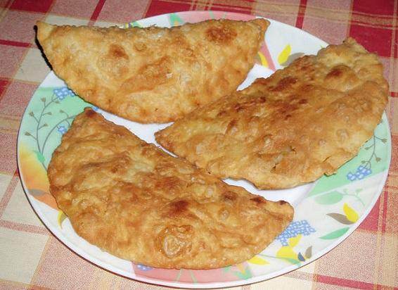 фото готовых чебуреков с картошкой