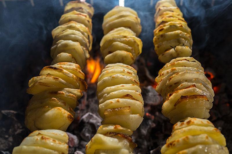фото картошки на мангале без фольги