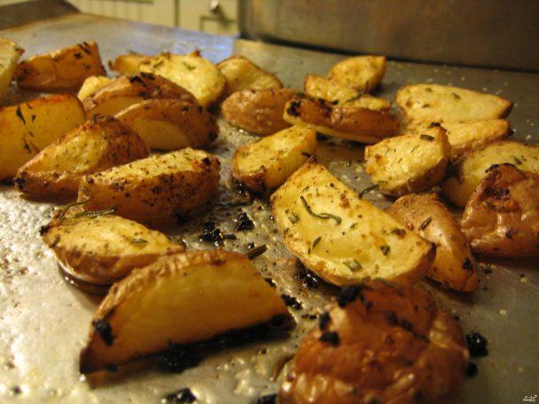 фото картошки с хрустящей корочкой в духовке