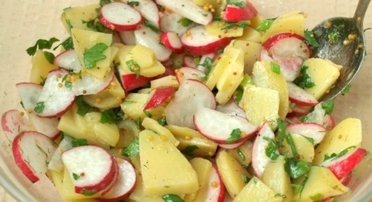 фото салата из картошки, редиски и лука без майонеза