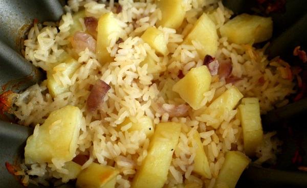 фото тушеного риса с картофелем и свининой