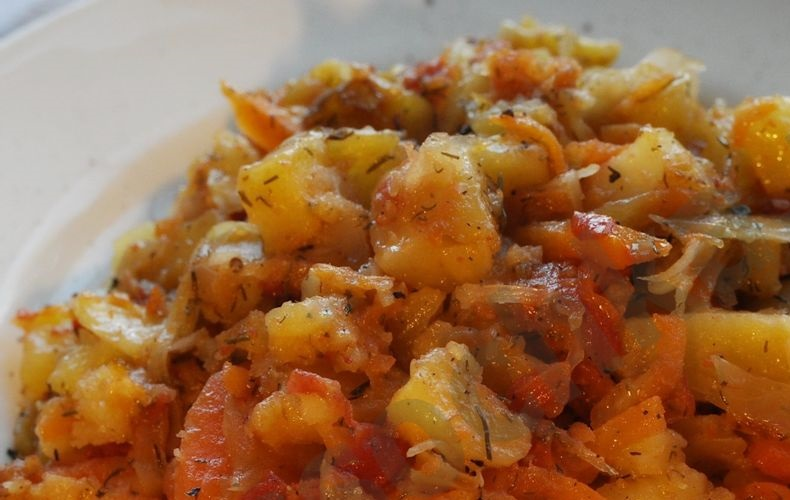 фото готового рагу из картошки и капусты