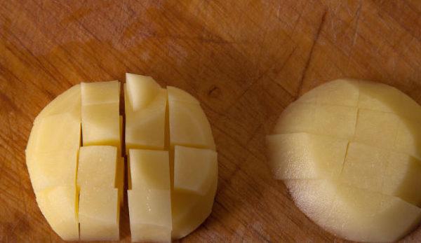 фото нарезания картофеля для татарских пирожков