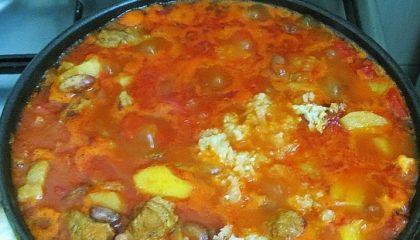 фото тушеного мяса с фасолью и картофелем