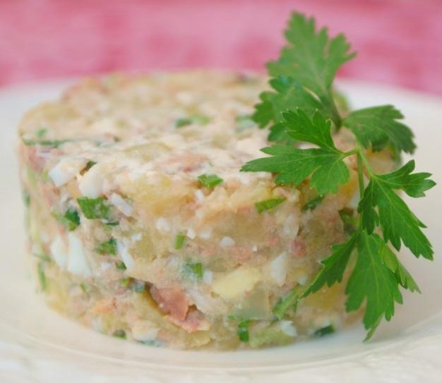 фото салата из картошки и печени трески