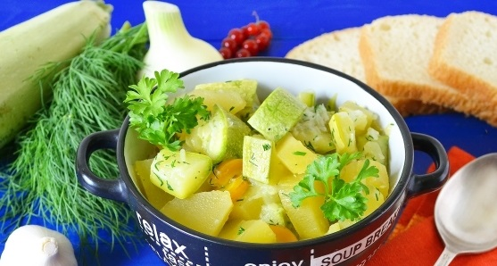 фото картофеля с кабачками в мультиварке