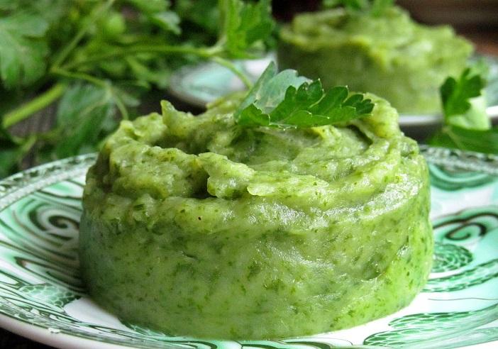 фото картофельного пюре со шпинатом