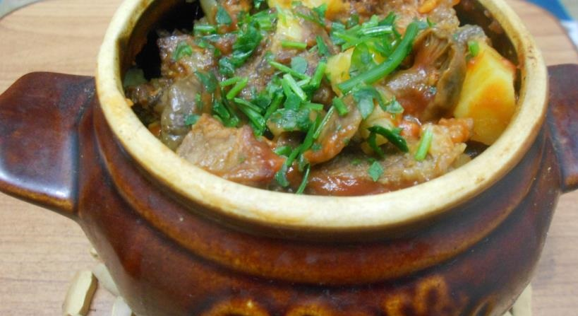 фото картошки с мясом в горшочке в духовке