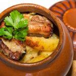 фото мяса с картошкой в горшочках