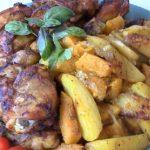 фото курицы, запеченной с тыквой и картошкой