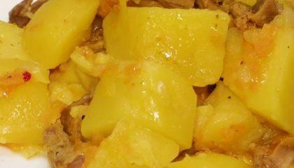 фото тушеных куриных желудков с картошкой