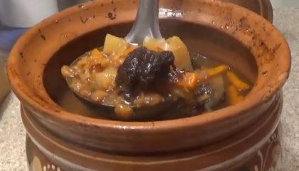 фото горохового супа с картошкой и копчёностями