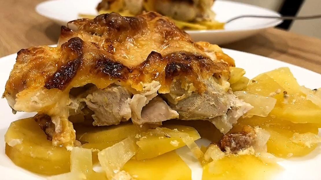 запеченная курица с картошкой в кефире