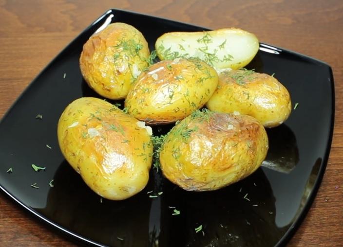 готовая молодая картошка в мультиварке фото